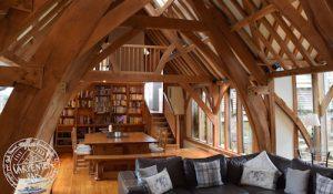 Lamper Head living room interior