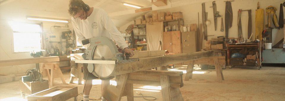timber framer using circular saw