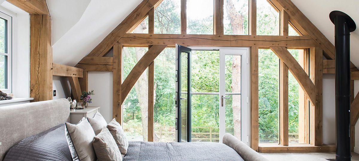 Copy-of-Higham_findlow_oak_frame_build_it_award_bedroom_glazing-banner.jpg